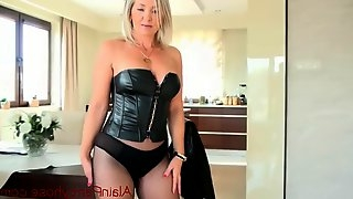Blonde milf in fishnet pantyhose and high heels