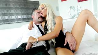 Blonde newborn Elsa Jean is fucked everlasting by hot blooded confront Charles Dera