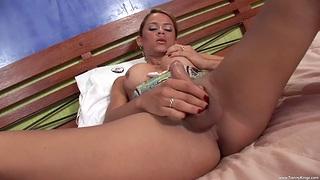 Sexy tranny Kamila - TrannyKingz enjoys having a unprincipled trilogy